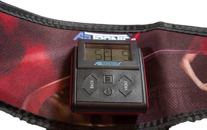 Con una pantalla digital movible, podrás aumentar los niveles del electroestimulador
